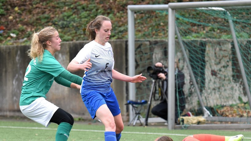 Fußball: Britta Auer erzwingt für Niederbonsfeld den Ausgleich