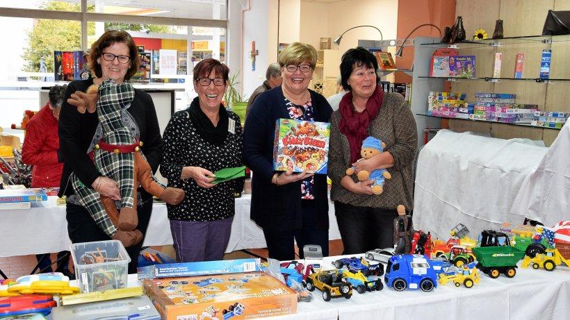 Großer Andrang bei Spielzeug- Sonderverkauf von Carichic - IKZ