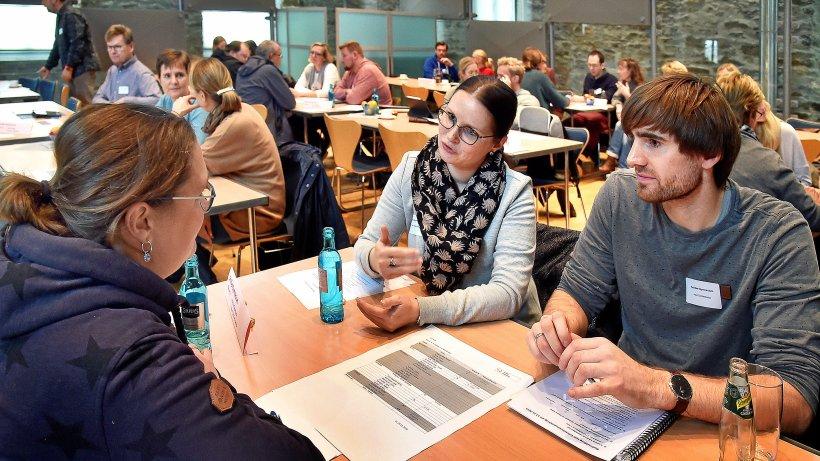Erster Wittener Lehrersprechtag macht Schulwechsel zum Thema - IKZ
