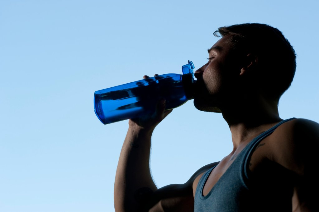 Hitze beim Vivawest-Marathon: Läufer sollten viel trinken | ikz ...
