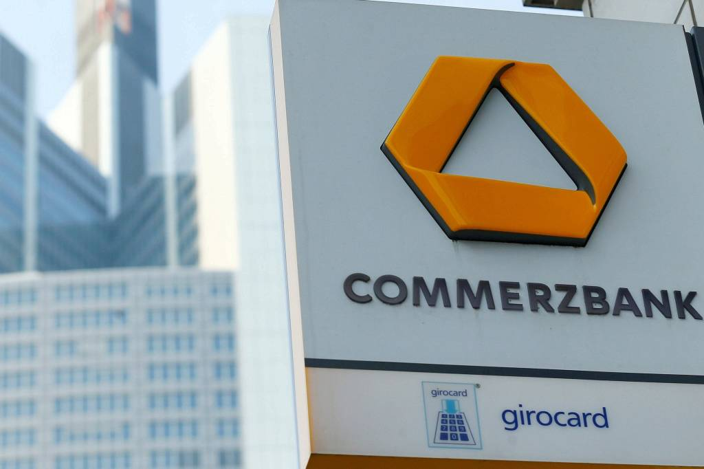 Commerzbank Will Kostenloses Girokonto Weiter Ausbauen Ikz Online